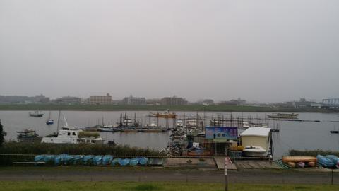 妙典の河川敷