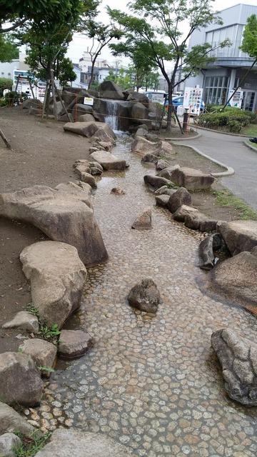 大洲防災公園の親水水路