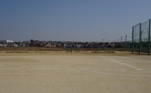 国分川調整池緑地の野球場