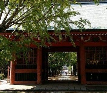 葛飾八幡宮の随神門2