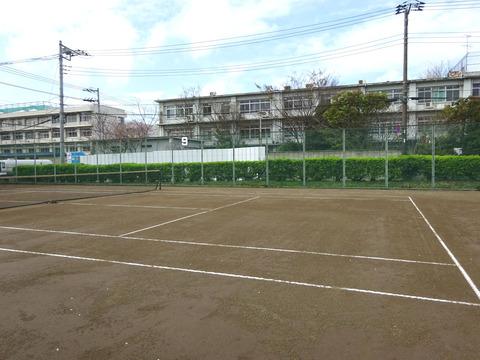 国府台テニスコート