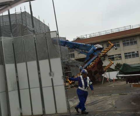 イオンタウン市川大和田クレーン車事故
